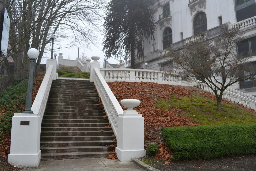 Spanish_Steps_2_(Tacoma,_Washington)
