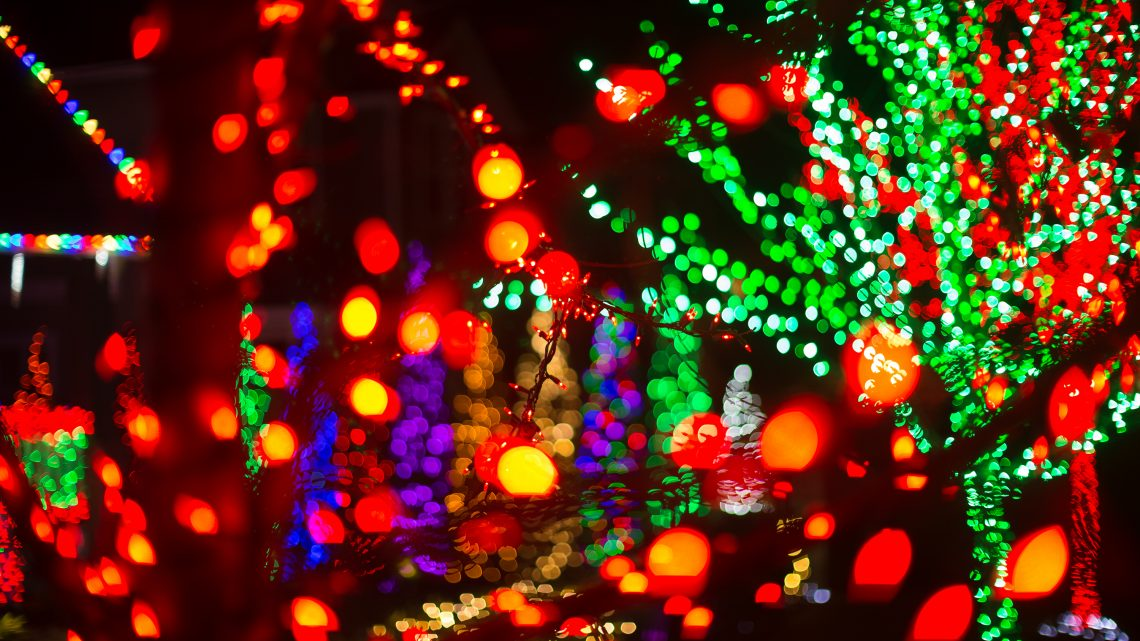 Where to Go for the Best Christmas Light Displays in Tacoma 2018